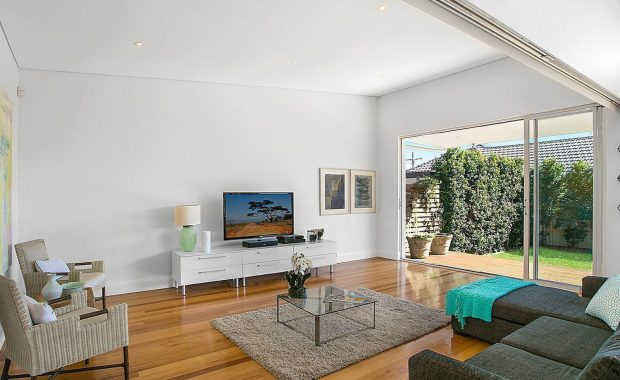 willoughby architects howell avenue project living room